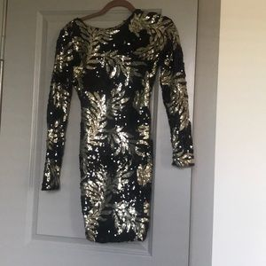 Sequined dress, NEVER WORN
